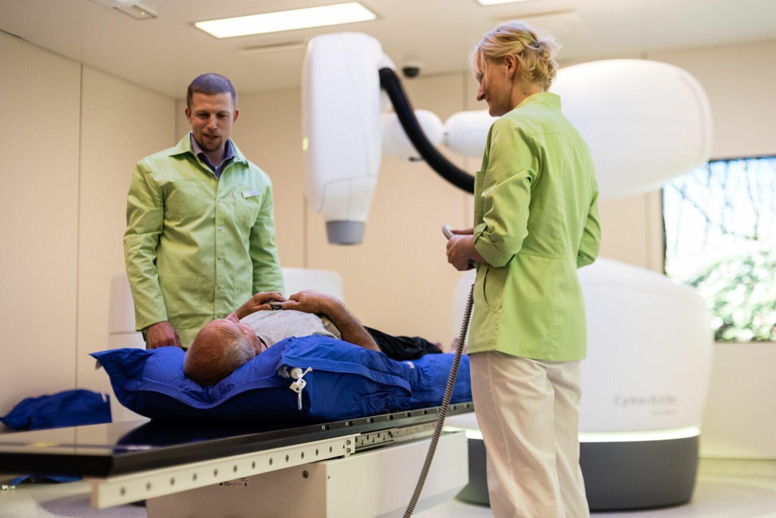 Treatment Of Metastatic Cancer With Radiosurgery Cyberknife