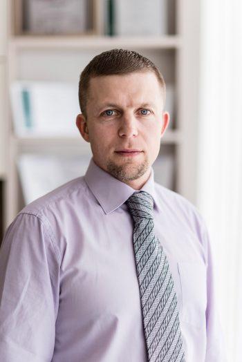 Dr. Māris Mežeckis